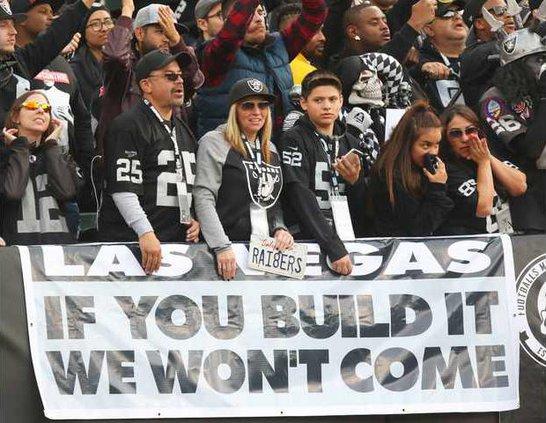 FBN--Raiders-Move-Oakland file pic