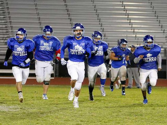 SHS PRACTICE FBALL STATE2 12-10-15