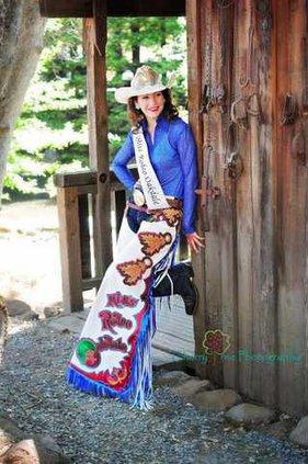 Miss rodeo Oak