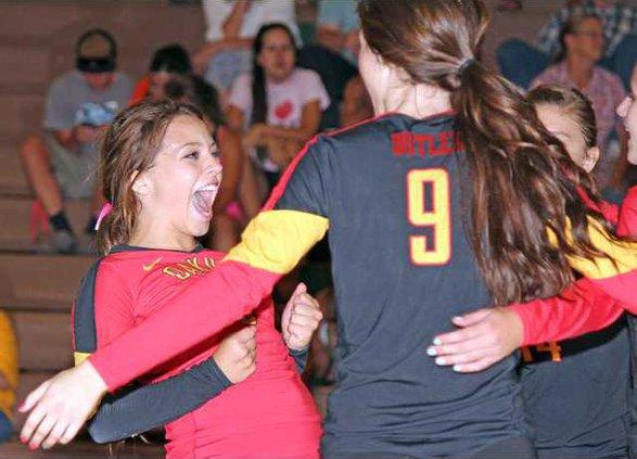 10-10 OAK Volleyball1