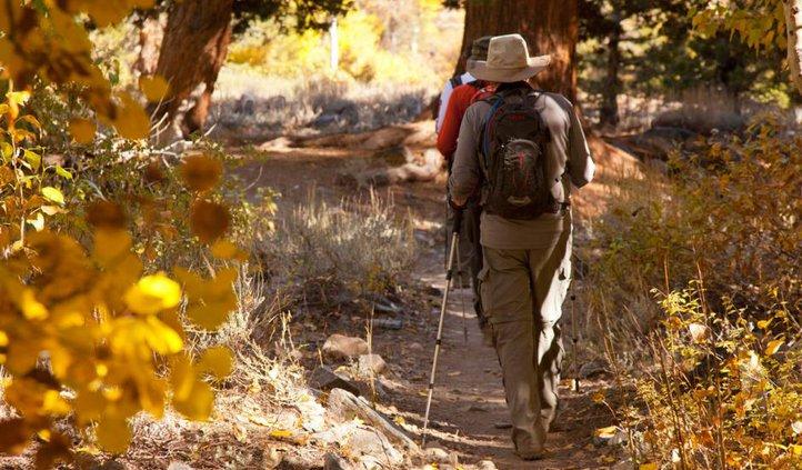 fall-color-hikes-near-Mammoth-Lakes-Shadow-Lake-Trail.jpg