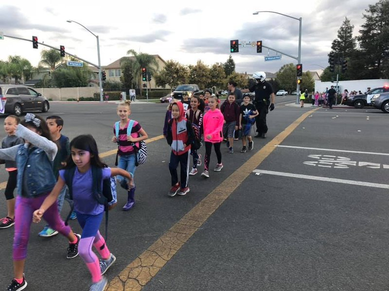 walk to school day pic3