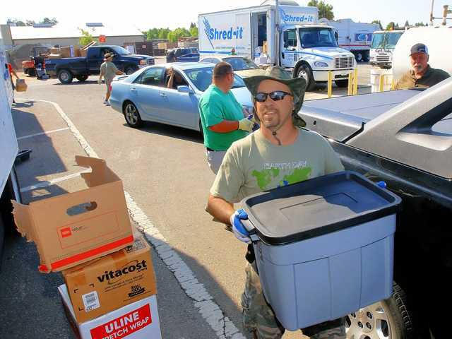 Shred-It aims to reduce ID theft - Manteca Bulletin