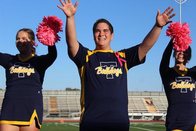 male cheerleaders1