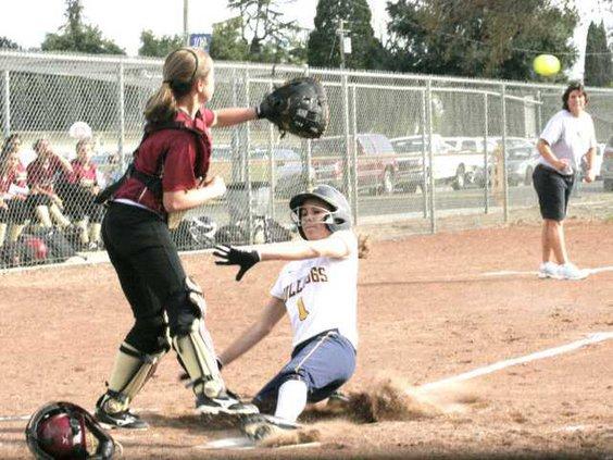 THS softball pic1