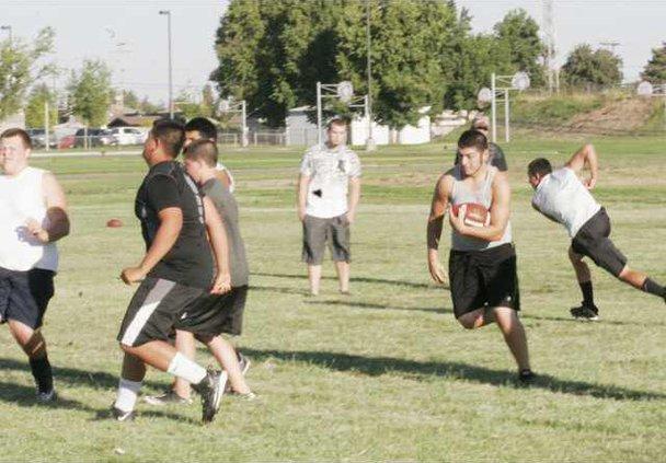 Denair football pic1