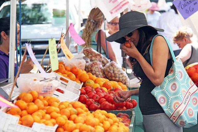 farmers market pic1