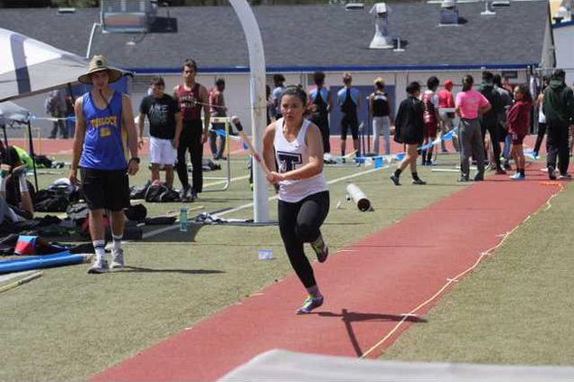 track pic3