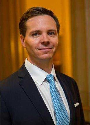 Nathaniel Sillin mug PM