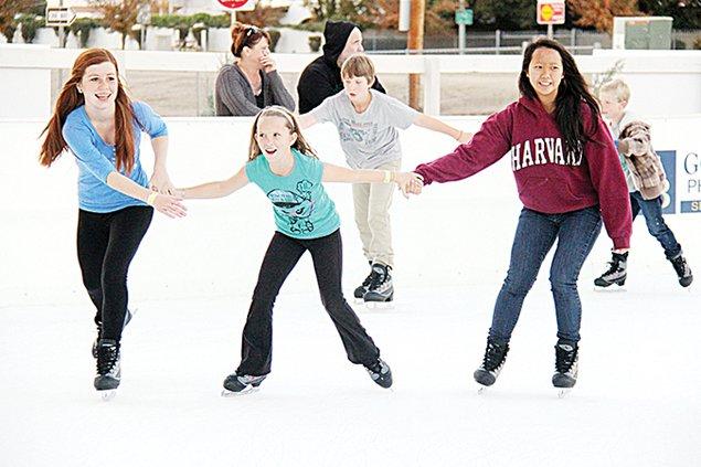 746-ice-skating.jpg