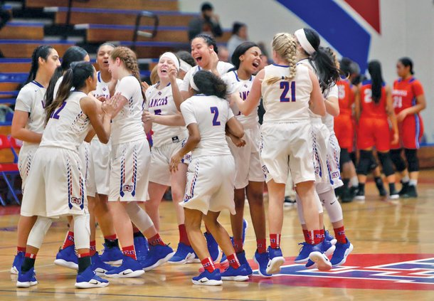 Bulletin girls basketball 2018-19