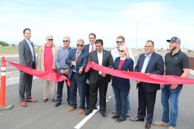 Atherton Drive gap opens