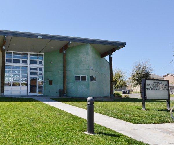 Riv Teen Center